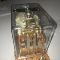Фото №1 электромагнитного реле ограничения тока РМ-2010-2,5